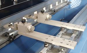 四方CA500 伺服驱动器在电液伺服注塑机上的应用